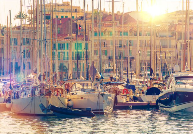 The yachts docking at Cannes | welcomia/Shutterstock