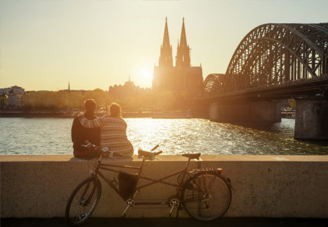 Enjoying the romantic calm of Cologne |  Prasit Rodphan/Shutterstock