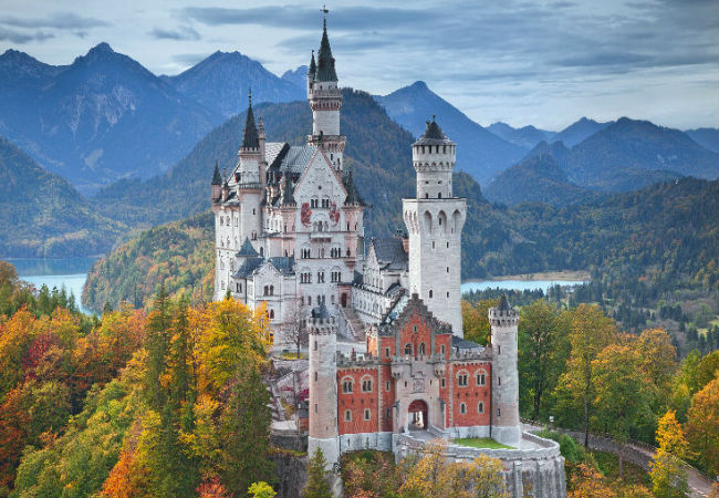 The scenic surrounds of the Neuschwanstein Castle | Shutterstock