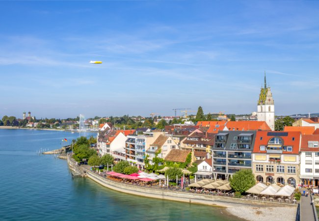 Along the bay of Friedrichshafen |  LaMiaFotografia/Shutterstock